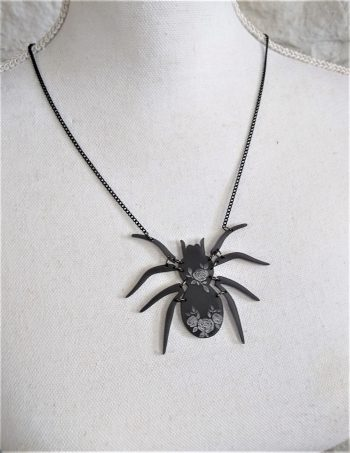 Glamorous Arachnid spider necklace by beams and bobbins